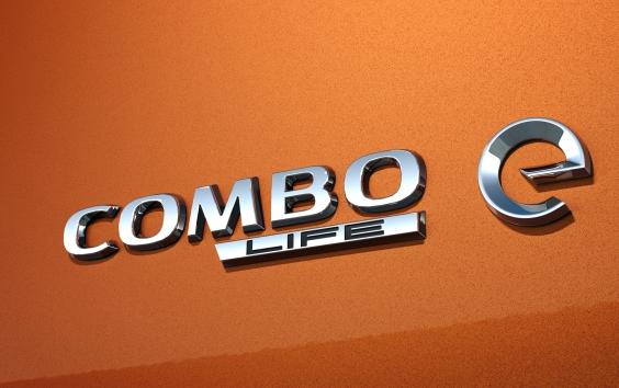 Opel-Comboe03