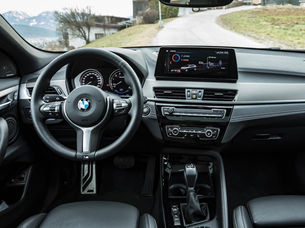 BMW-X2-innen