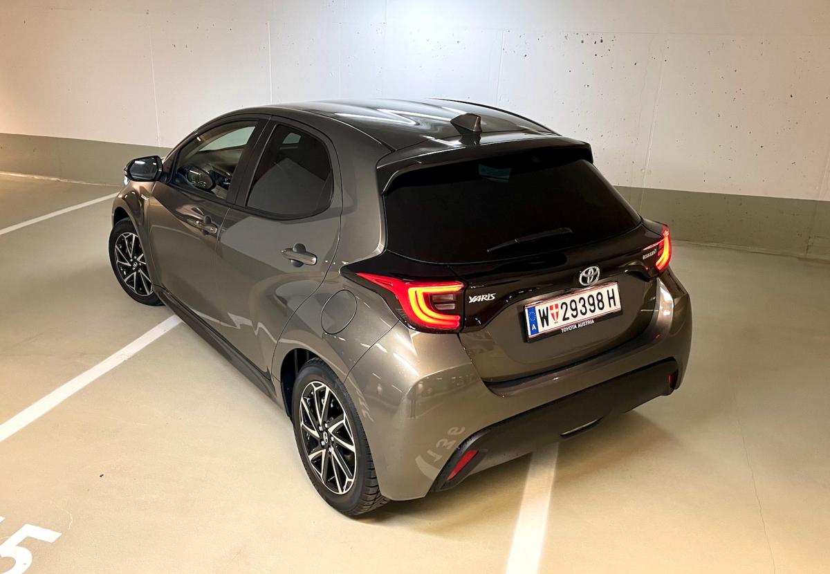 Toyota-Yaris02
