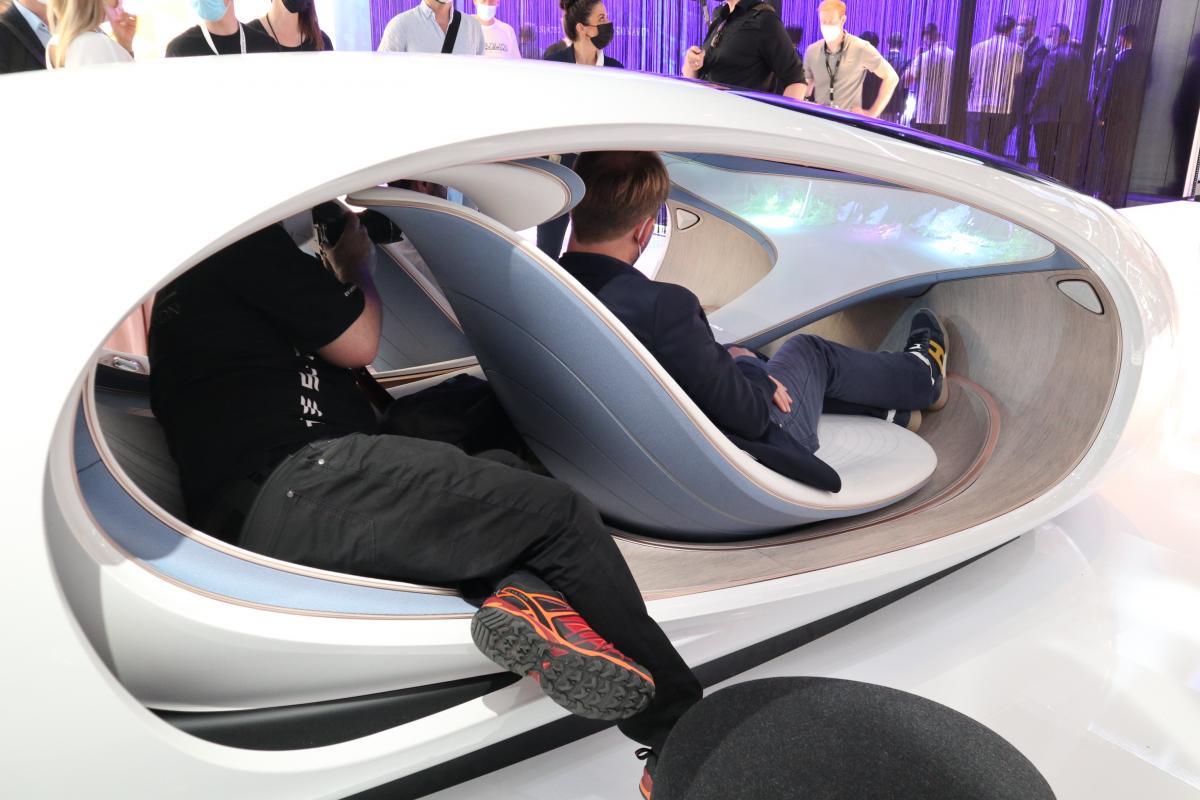 Mercedes-VISION-AVTR4